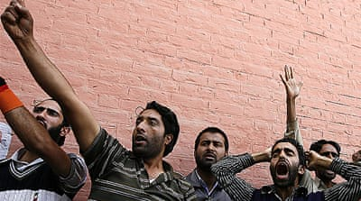 Kashmir protests greet Indian MPs
