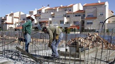 Abbas urges end to settlements