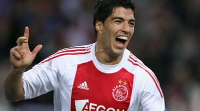 Liverpool set to sign Suarez