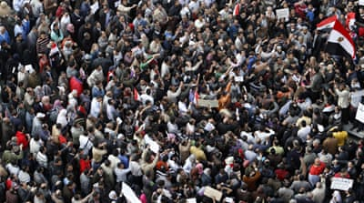 Cairo protesters stand their ground