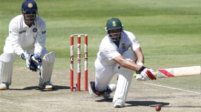 Kallis puts South Africa on top