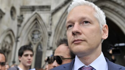 WikiLeaks halts output amid financial woes