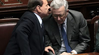 Italian PM survives confidence vote