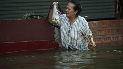 Thai PM warns of Bangkok flooding