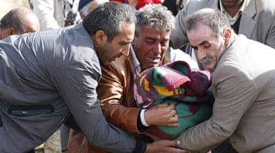 Turkey earthquake death toll nears 300