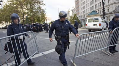Police arrest dozens of Oakland protesters