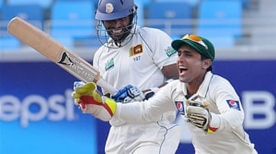 Pakistan rip into Sri Lanka