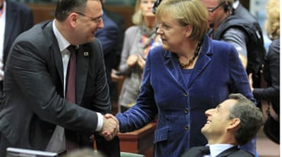 EU leaders strike deal on eurozone debts