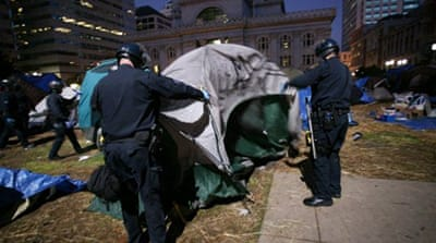 Police clear out Oakland protest camp