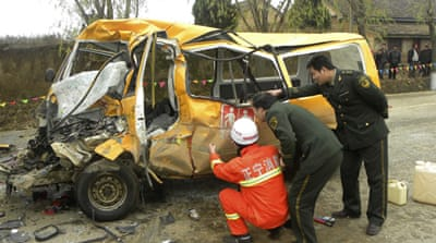 China school bus crash kills 18 children