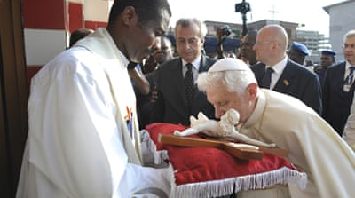 Pope calls AIDS an 'ethical problem'