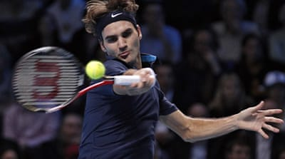 Federer stuns Nadal in London
