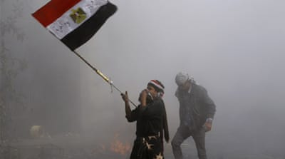 Clashes continue in Egypt over military rule