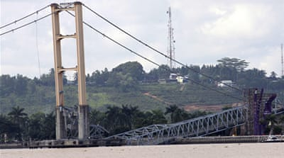 Indonesia bridge collapse kills 11