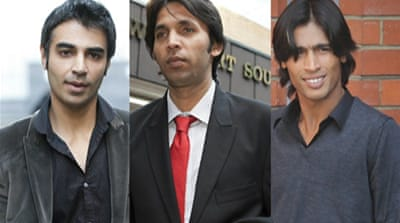 Pakistan cricketers receive jail terms