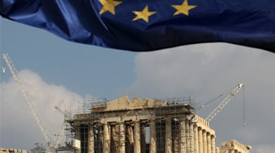 Greece on 'knife edge' as debt talks stall