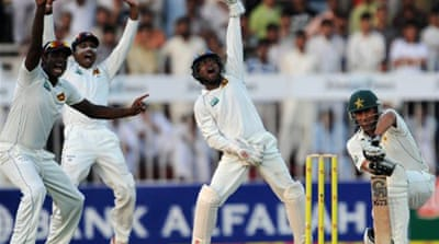 Sri Lanka in control of third Test