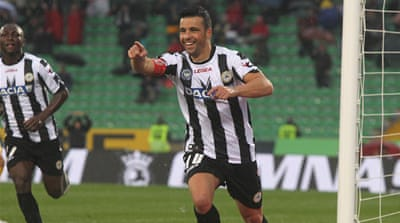 Udinese surge to top of Serie A