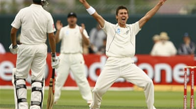 Kiwis build lead as wickets tumble