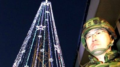 North Korea warns South over Christmas lights