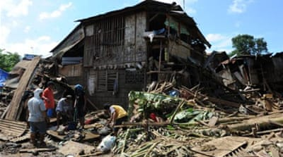 Philippines steps up flood relief efforts