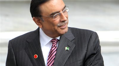 Pakistan's Zardari back home after treatment