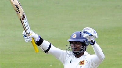 Sangakkara sweeps Sri Lanka to huge lead