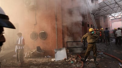 Arrests over India hospital fire