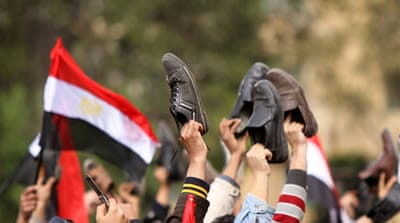 Egyptians turn anger to state TV