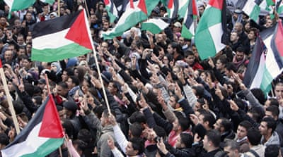 Palestinians rally for unity
