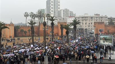 Moroccans march to seek change