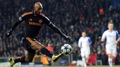 Anelka puts Chelsea in charge