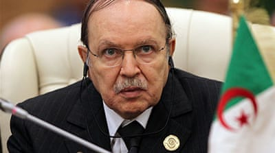 Algeria to lift emergency powers