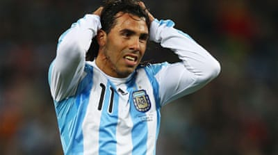 Tevez dropped over 'attitude'