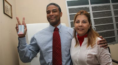 Cuba frees leading dissident