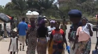Thousands flee Cote d'Ivoire violence