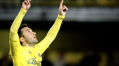 Villarreal get back on track
