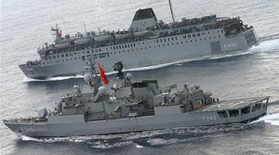 Turkish navy to help enforce Libya embargo