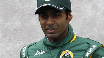 No joy for Chandhok as McLarens on top