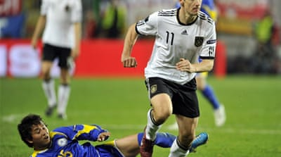 Germany, England on course for Euro finals