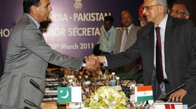 India-Pakistan talks resume ahead of match