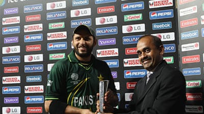 Afridi spins Pakistan to victory