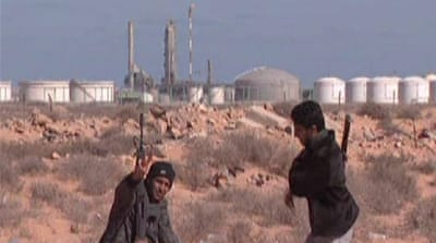 Libya oil tanks seen as 'time bomb'