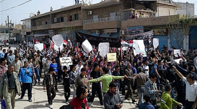 Deaths in Syria as protests continue