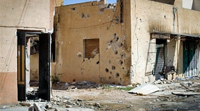 Gaddafi forces 'cluster bombing Misurata'