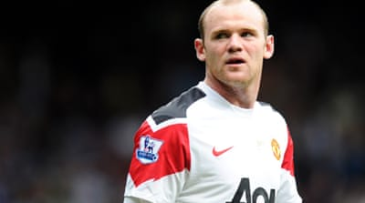 Rooney hat-trick inspires United fightback