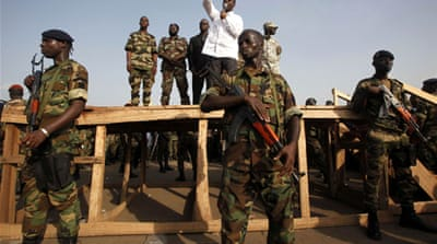 'Hundreds killed' in Cote d'Ivoire violence