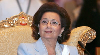 Mubarak's wife suffers 'heart attack'