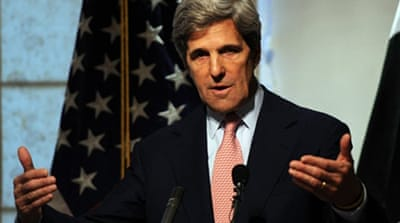Kerry visits Pakistan in bid to repair ties