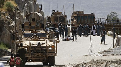 Bomber kills four civilians in Afghanistan